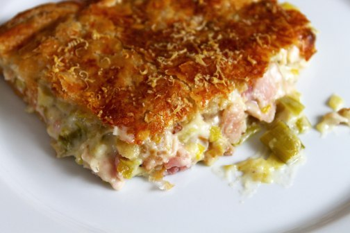 Chicken-and-Leek-Pie-Slice-2